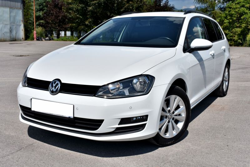 Volkswagen Golf Variant 1.6 TDI 110k EXECUTIVE